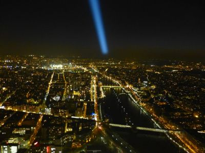 The beam from the top circling Paris