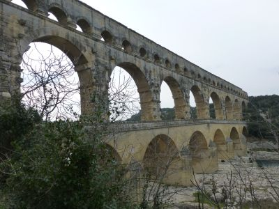 The rather more impressive Pont du Gard