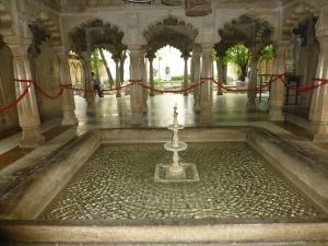 Fountains and arches