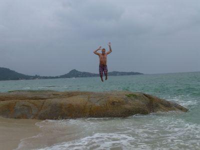 Reuben jumps at Lamai beach